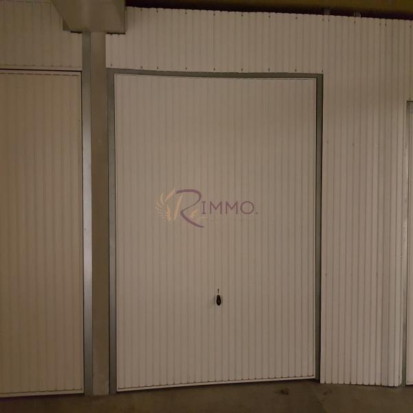 Offres de location Garage Aix-en-Provence 13100